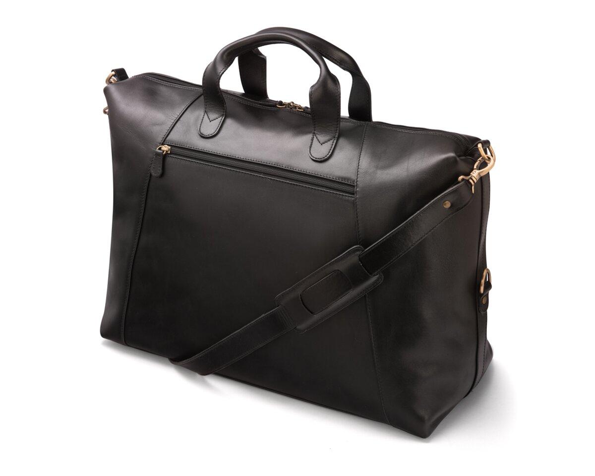 4af90ae175 Kožená taška z teľacej kože vhodná pre každý víkendový pobyt
